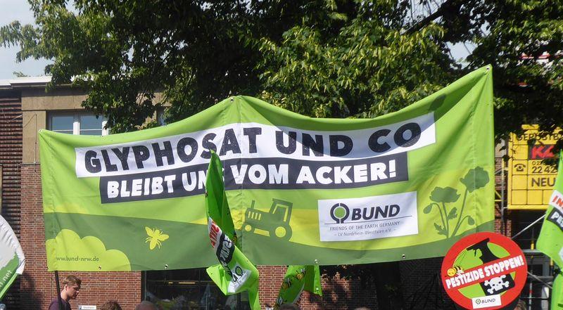 BUND-Aktion gegen Glyphosat in Bielefeld